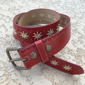 BOHO Belt Red Tooled Leather Crochet Stitch Detail